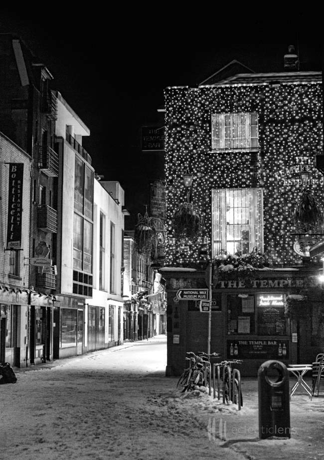 Temple bar €10 00 €1850 00 dublin black and white photography